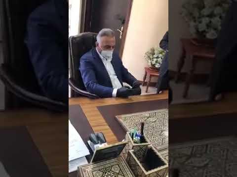 بالفيديو: مصطفى الكاظمي يحذر شقيقه من 'التوسط' في دوائر الدولة