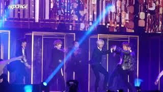 """Video Black Suit - SUPER JUNIOR WORLD TOUR """"SUPER SHOW 7"""" in HONG KONG 20180210 download MP3, 3GP, MP4, WEBM, AVI, FLV September 2018"""