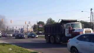 Mack R688 dump truck rollin coal