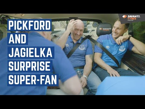 TAXI SURPRISE! | PICKFORD & JAGIELKA PRANK SUPER-FAN