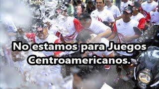 Apagan la antorcha de los Juegos Centroamericanos en protesta por #Ayotzinapa.