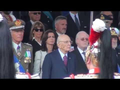 Corazzieri Onore al Presidente della Repubblica Napolitano Inno di Mameli