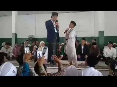 Download Kunjungan Kerja dan Silaturrahmi Joko Widodo Presiden RI di Ponpes Syaikh Zainuddin NW Anjani
