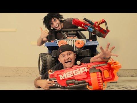 NERF BATTLE RACER vs BOOMCO BLASTER BUGGY 4!   Nerf War!
