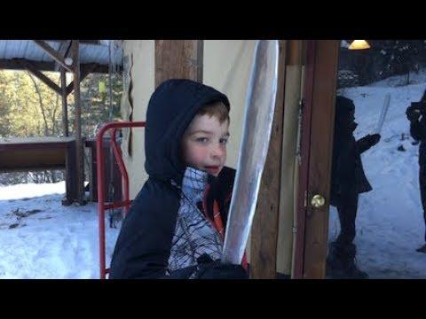 Little House Vlog #43: The Creative Family