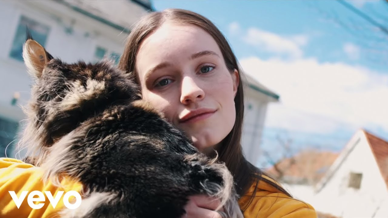sigrid-plot-twist-official-video-sigridvevo