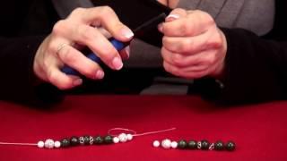 Как сделать браслет на резинке. Обучение.