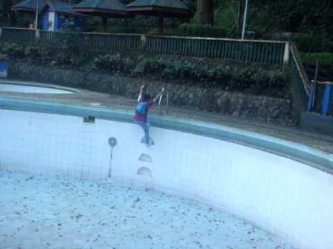 Swimming Pool Ng Hinulugang Taktak Youtube