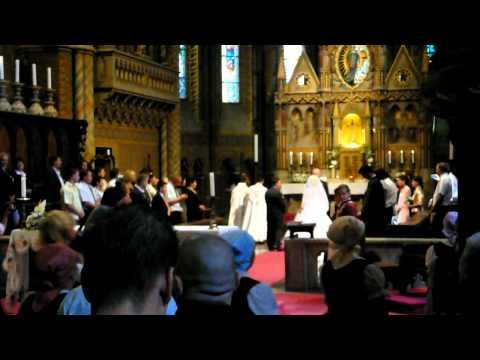 Motoros Esküvő a Mátyás templomban - RRCat ♥ Zsozsek - Bevonulás ...