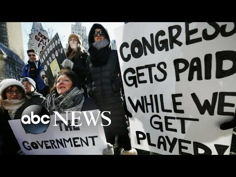 Workers call for end to shutdown: 'We don't have any money'