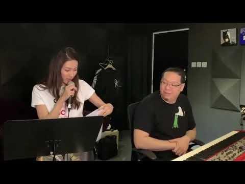 鍾嘉欣翻唱林峯的《愛在記憶中找你》 - YouTube