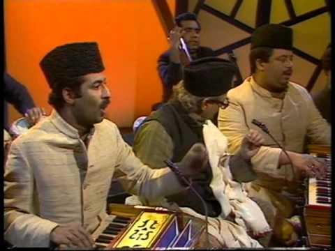Munshi Raziuddin Sings Amir Khusro