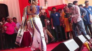 Download Video Lavani at Sankalp Pratishthan Dahi Handi , Thane 2016. MP3 3GP MP4
