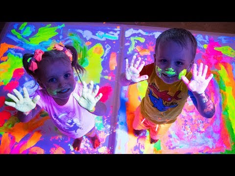 Learn Colors With Paint for Children - Learning Colors with Funny Baby for kids