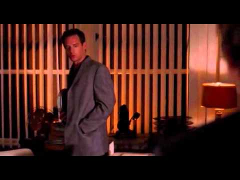 Masters Of Horror Episode 08   John Carpenter's Cigarette Burns