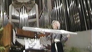 Explanation of a Pipe Organ Part 1 - Diane Bish