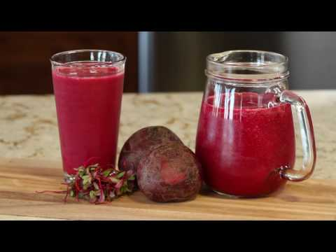 How to Blend a Berry Beet Blast Smoothie