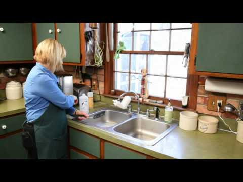 How to Clean Silicone Baking Utensils