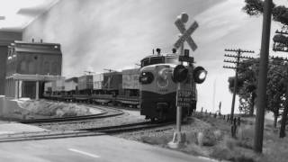 Early 1950's Piggyback Train Missouri Pacific Trailer Train TTX Truc Train
