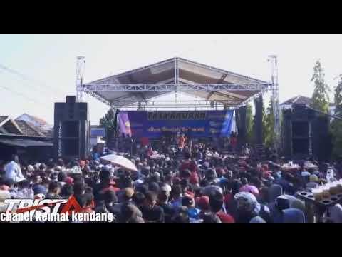 Bisane Mung Nyawang - Jihan Audy New Pallapa Karaban 2018
