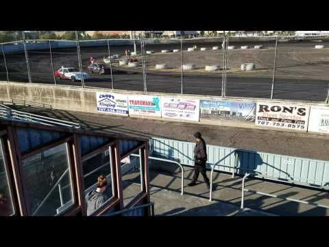 Petaluma Speedway 9-10-16 Mark Washington race #1