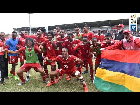 JIOI 2019 - Football: des supporteurs en feu derrière le Club M