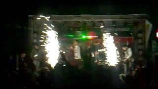 باسل جبارين وعازف الدرمز احمد دمج من حفلات 2012