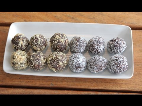 How to make easy Choc Chia Bliss Balls recipe using the Boss™ with Tom from the Bucket List Bondi