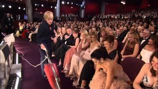 Ellen DeGeneres Vacuums at The Oscars