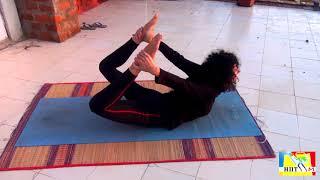 Урок Йоги в Индии. Упражнения для начинающих от члена команды НПТМ Майи.
