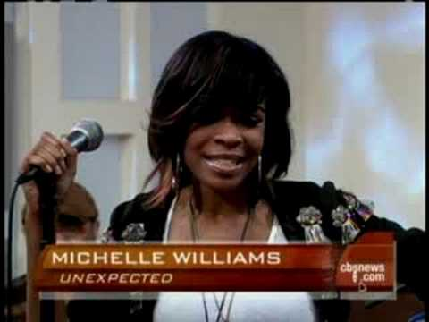 Michelle Williams Goes Solo