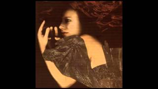 Tori Amos - Pandora's Aquarium - Live at Kissimee Florida 9/30/01