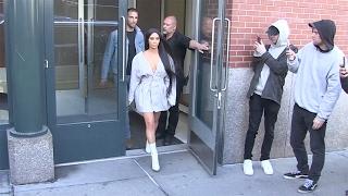 Kim Kardashian leaving her appartment in NYC