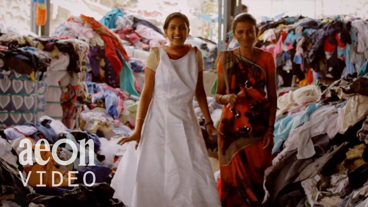 135b41c010 A használt ruháitok nem kellenek senkinek - vagy ha igen, arról tudni fogtok