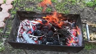 Как правильно подготовить угли для шашлыка .