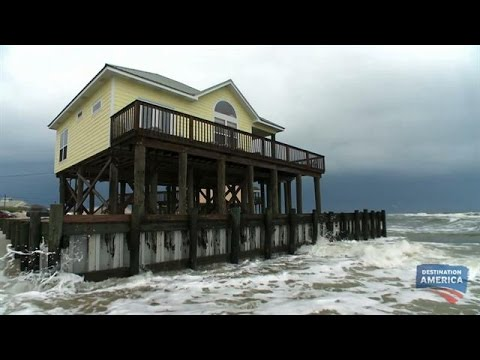 This House Is So Beachy, It's Actually In the Ocean | Buying the Beach