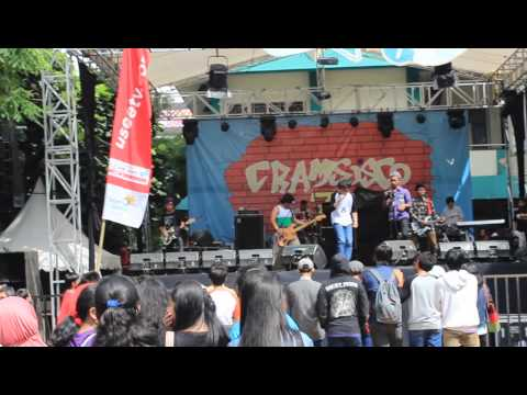 Semut Merah - Aw Aw Aw ( Supergirlies Cover ) @SMPN 115 Jakarta Selatan