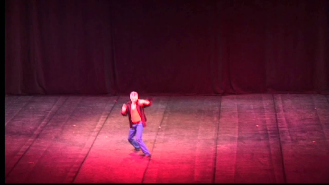 Maestro Alvaro Fuentes (Danza contemporánea)