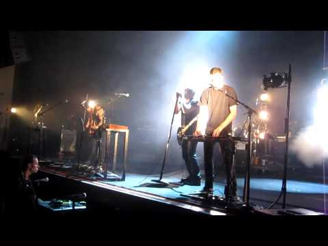 Nine Inch Nails - Piggy [Nothing Can Stop Me Now] HD (live w/ Atticus Ross @ Wiltern 9/10/09 mp3