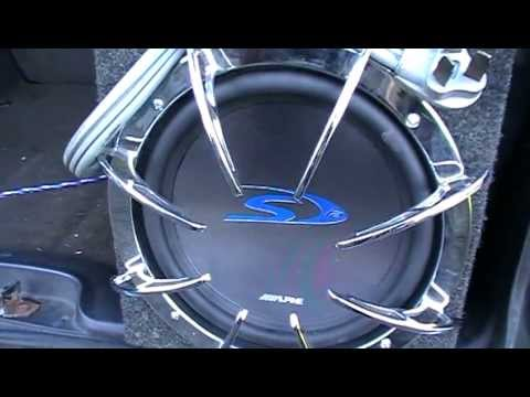 Quick Release Subwoofer