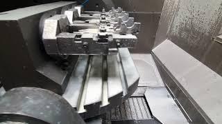 HAAS UMC - 750 (2013) Universal Machining Center