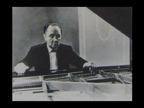 Oleg Boshniakovich plays Chopin Polonaises, op. 26 no. 1 & 2