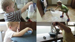 Помогаем маме готовить, убирать, делать покупки! Little boy helps to cook, clean, shop!