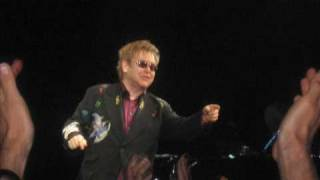 Elton John- Are you ready for love? ( Live 2009)