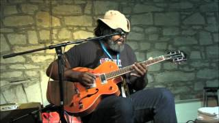 "Alvin Youngblood Hart""Bloody Bill Anderson No 2""Harvest Time Blues 2012"