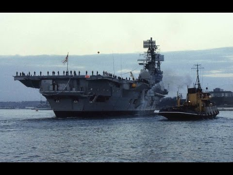 HMS ARK ROYAL IV R09 ENTERS DEVONPORT FOR THE FINAL TIME (SLIDE SHOW) - 4th December 1978