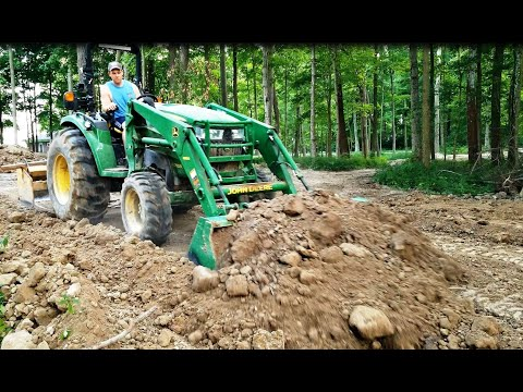 john-deere-4052r-spreads-large-amount-of-dirt:-gannon-box-blade-with-the-assist!
