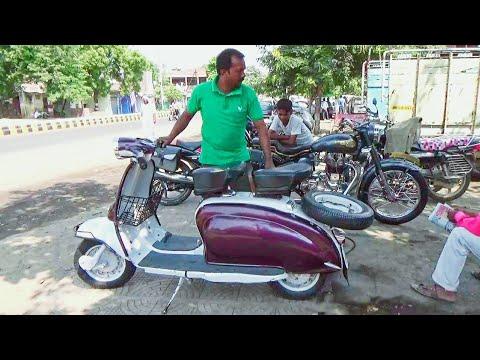 Old Lambretta Scooter 150 Model of 1968  on road owner Shahjad Rehan Chaprasipura Amravati