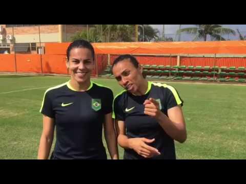 Marta e Thaisa convidam para estreia do futebol feminino