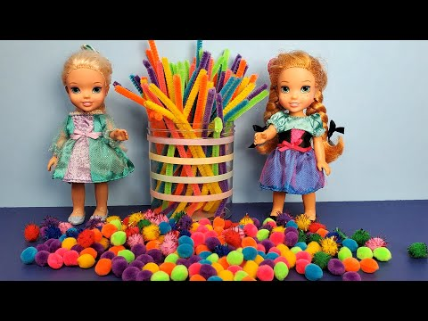 Making crafts at home ! Elsa and Anna toddlers